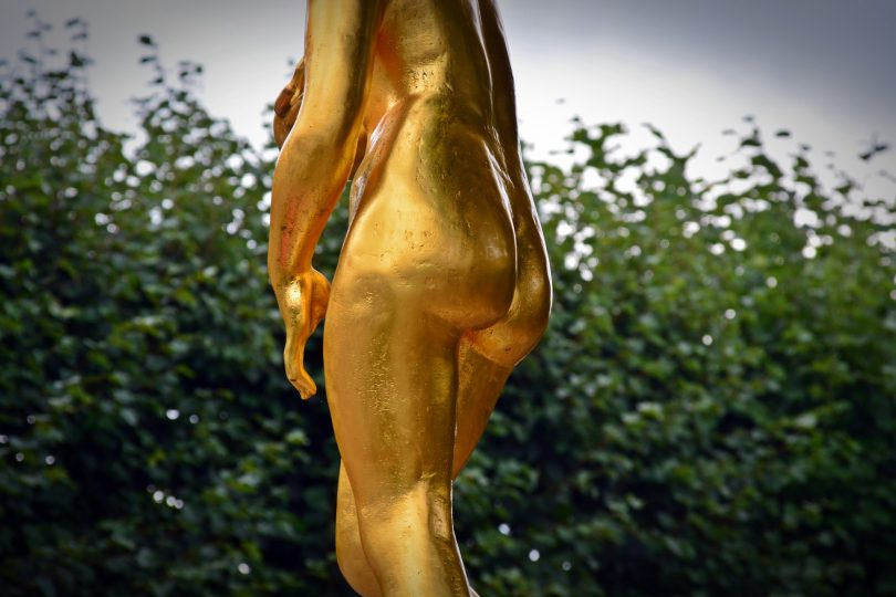 no panties on butt of gold statue