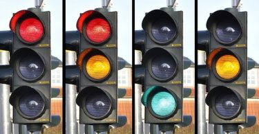 traffic lights with mixed signals